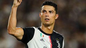 Cristiano Ronaldo suýt không được sinh ra và những nghịch cảnh