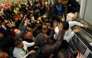 Black Friday - ngày lễ mua sắm lớn nhất nước Mỹ - ra đời từ nạn kẹt xe