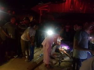 Quảng Ninh: Xe tải chở đất đè sập nhà dân, hai mẹ con tử vong thương tâm