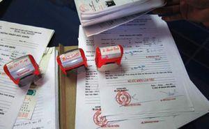 3 phụ nữ làm giả giấy khám sức khỏe rồi bán với giá 'bèo'