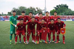 Quang Hải được đồng đội tri ân ở trận gặp U22 Thái Lan