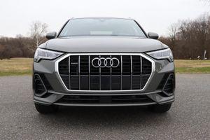 Đánh giá Audi Q3 2020 - vừa vặn để chạy phố