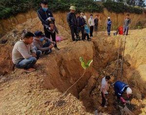 Xác định danh tính đối tượng đổ trộm chất thải nguy hại trên núi Sóc Sơn