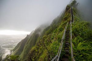 Vidoe: Mục sở thị 'bậc thang lên thiên đường' ở Hawaii