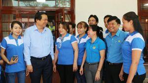 Bí thư Tỉnh ủy Long An, Đồng Nai đối thoại với công nhân, nông dân