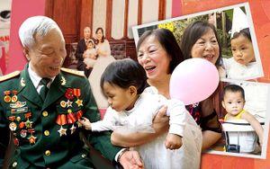 Tết hạnh phúc trọn vẹn đầu tiên của cặp vợ chồng hiếm muộn U60 lần đầu làm cha mẹ