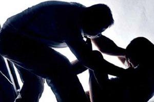 Cưỡng ép quan hệ tình dục là một trong những hành vi bạo lực gia đình