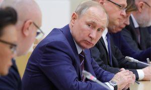 TT Putin giữ bí mật kế hoạch thay thế chính phủ đến phút cuối