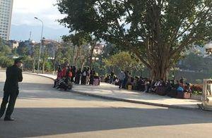 Cửa khẩu quốc tế Lào Cai vắng lặng trước lệnh ngừng xuất nhập cảnh đối phó với virus corona