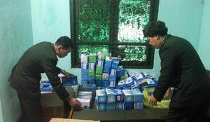 Liên tiếp bắt giữ nhiều vụ vận chuyển trái phép khẩu trang y tế qua biên giới