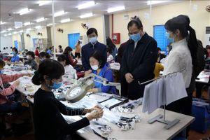 Tăng cường quản lý, giám sát lao động nước ngoài