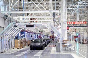 Nhiều nhà máy sản xuất ô tô ở Trung Quốc hoạt động trở lại trong 'cơn bão corona'