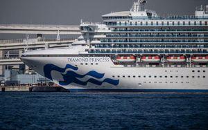 Nhân viên Bộ Y tế Nhật Bản bị nhiễm Covid-19 trên tàu Diamond Princess