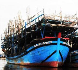 Quảng Nam: Cháy tàu cá ngoài biển Trường Sa, 33 thuyền viên gặp nạn