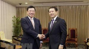 Việt Nam - Lào trao đổi nhiều vấn đề quốc tế