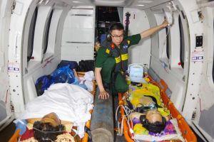 Điều trực thăng trong đêm ra Trường Sa cứu 2 ngư dân nguy kịch