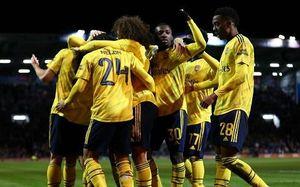 Thắng nhẹ Portsmouth, Arsenal vào vòng 5 FA Cup