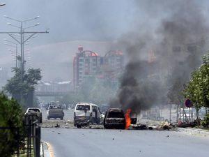 Xé thỏa thuận hòa bình, Taliban giết 12 lính Afghanistan