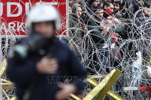 Vấn đề người di cư: Châu Âu tăng cường bảo vệ biên giới phía ngoài EU