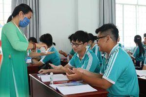 Dự đám cưới có chủ rể người Hàn Quốc, 26 học sinh ở Kiên Giang phải nghỉ học
