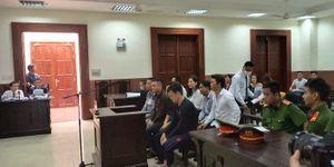 Vì sao hoãn phiên xét xử vợ cũ của bác sĩ Chiêm Quốc Thái?