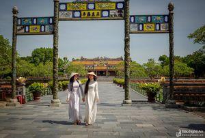 Áo dài Việt - nét đẹp phụ nữ Việt