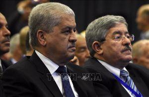 Công tố viên đề nghị mức án 20 năm tù đối với hai cựu Thủ tướng Ouyahia và Sellal