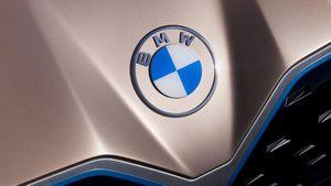 BMW có logo mới với thiết kế phẳng tối giản