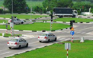 83 giáo viên dạy lái xe ở TP.HCM dùng bằng giả