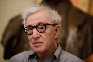 Hồi ký Woody Allen bị hủy xuất bản vì biểu tình phản đối