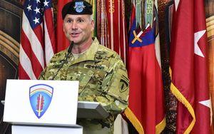 Chỉ huy quân đội Mỹ tại châu Âu có khả năng nhiễm COVID-19