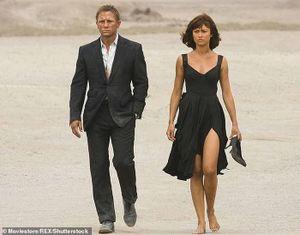Sao nữ 'James Bond' nổi tiếng nhiễm Covid-19