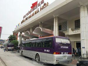 Lo bến lại 'vỡ trận' với đề xuất cho xe khách chạy xuyên tâm Hà Nội