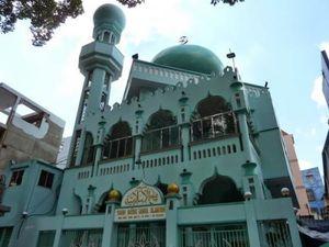 Bệnh nhân nhiễm SARS-CoV-2 đã đi lễ 5 lần ở Thánh đường Hồi giáo Jamiul Anwar tại Sài Gòn