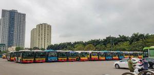Hà Nội trong ngày đầu tạm dừng toàn bộ hoạt động xe buýt