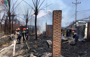 Cháy lớn tại 2 khu nhà hàng, quán bar ở Phan Thiết