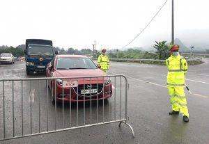Thực hiện nghiêm kiểm soát cách ly xã hội tại 30 chốt cửa ngõ Thủ đô Hà Nội