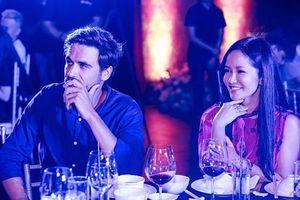 'Diva' Hồng Nhung và người bạn trai ngoại quốc