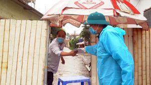 Cận cảnh thôn có hơn 1.400 người bị cách ly ở Hưng Yên vì COVID-19