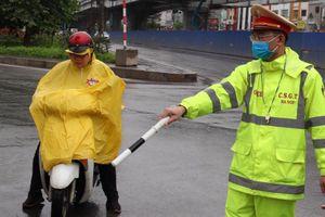 Phạt hơn 500 người không đeo khẩu trang, ra đường khi không cần thiết