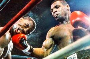 Mike Tyson knock-out đối thủ sau 9 giây vào năm 15 tuổi