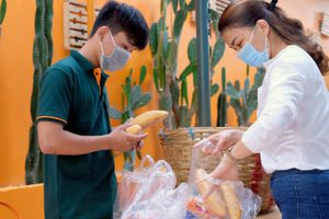 Người Nha Trang chia sẻ khó khăn cùng nhau vượt qua đại dịch