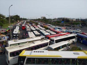 Dòng xe 'ken đặc' tại công ty PouYuen Việt Nam trong tâm dịch Covid-19