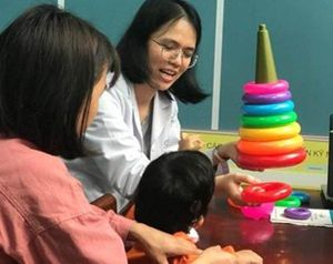 Trẻ chậm nói: Không loại trừ lý do về suy giảm thính lực