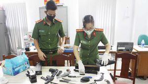 Vận động toàn dân giao nộp vũ khí, vật liệu nổ và công cụ hỗ trợ