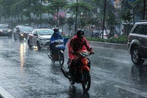 Tây Nguyên và Nam Bộ có mưa rào, dông về đêm, đề phòng lốc sét, mưa đá