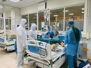 Bệnh viện Bệnh Nhiệt đới TW cơ sở 2 - Nơi tuyến đầu chống dịch