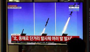 Triều Tiên phóng tên lửa trước thềm tổng tuyển cử Hàn Quốc