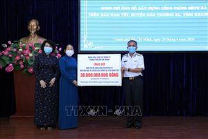 Trao tặng kinh phí xây dựng Bệnh xá đảo Nam Yết, huyện đảo Trường Sa