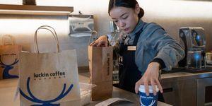 Phía sau sự sụp đổ chóng vánh của chuỗi cà phê 'Starbucks Trung Quốc'
